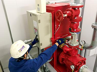 屋外消火栓(放水、性能・機能試験)