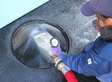 消防用水・採水口(採水・放水試験)